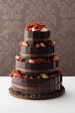 Wedding Cakes - Dark Chocolate Plaque, Berry Fountain Wedding cake