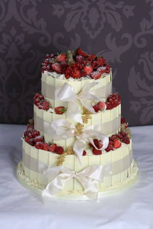 Wedding Cakes - White Chocolate Plaque Berry Fountain