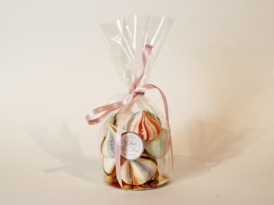 Wedding Favours - Meringue Kisses Favour