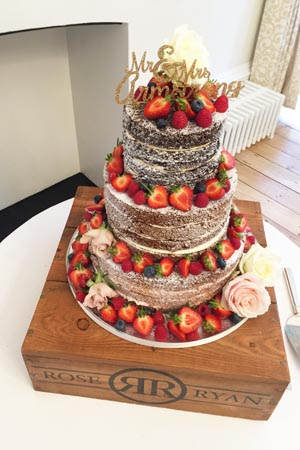 Wedding Cakes - Vintage Berry Sponge