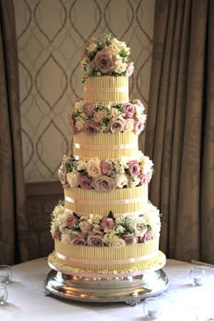 Wedding Cakes - Classic White Chocolate Cigarello and Roses