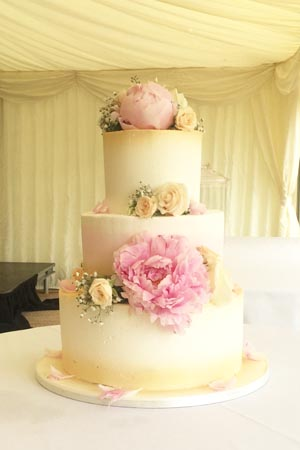 Wedding Cakes - Smooth Gold Buttercream