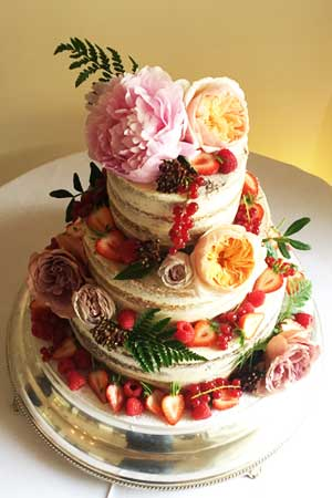 Wedding Cakes - Semi Naked Cake with Berries and Flowers