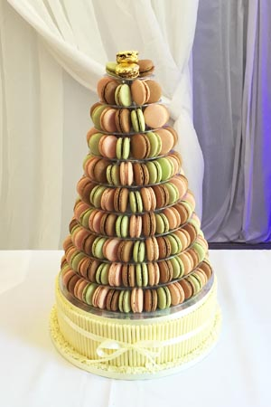 Wedding Cakes - Macaron tower and base cake