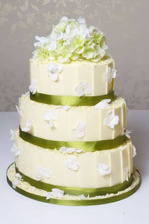 Wedding Cakes - White Chocolate Plaque and Hydrangea